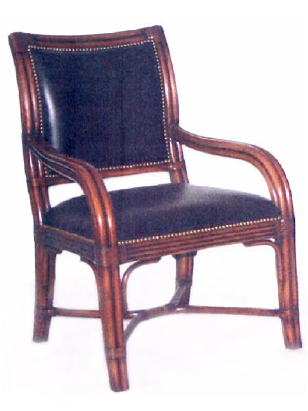 100450 – Chair-Arm