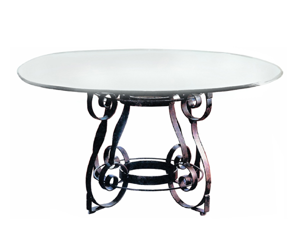 100026 DRC – DINING TABLE