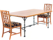 100043 DRA – DINING TABLE