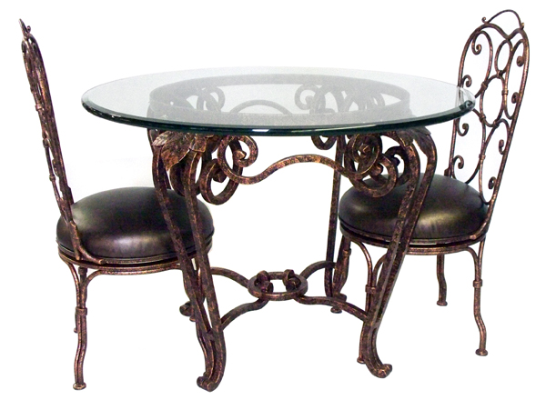 101123 DRC – DINING TABLE
