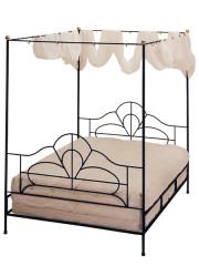 841 – METAL BED